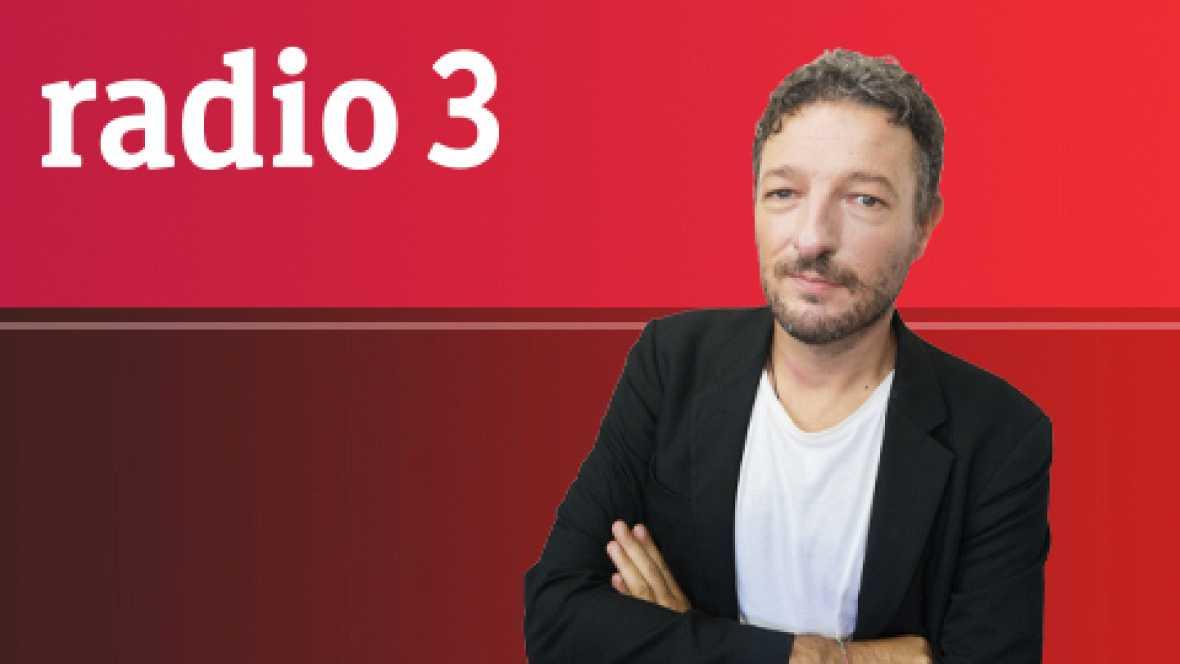 Café del Sur: Memorias de Tango - Homenaje a Piazzolla - 09/10/11 - Escuchar ahora