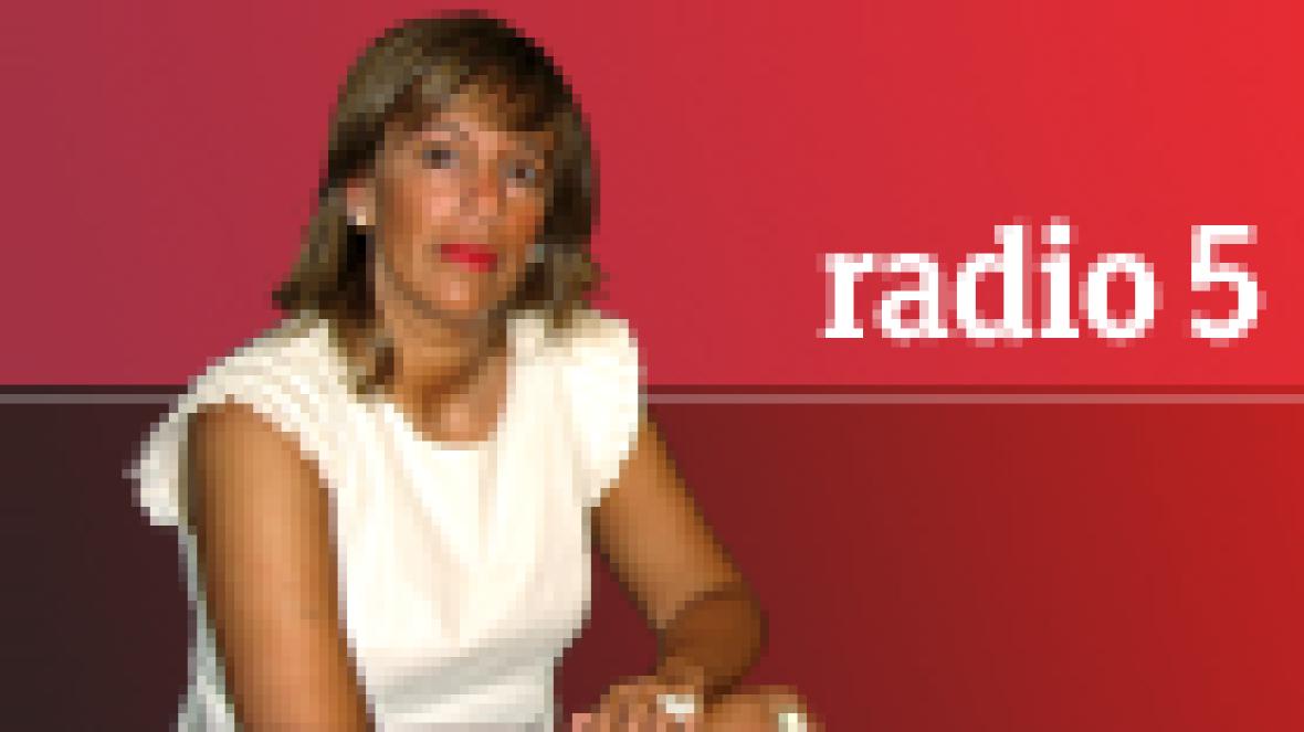 Backstage-Moda en R5 - Roberto Piqueras - 15/11/11 - Escuchar ahora
