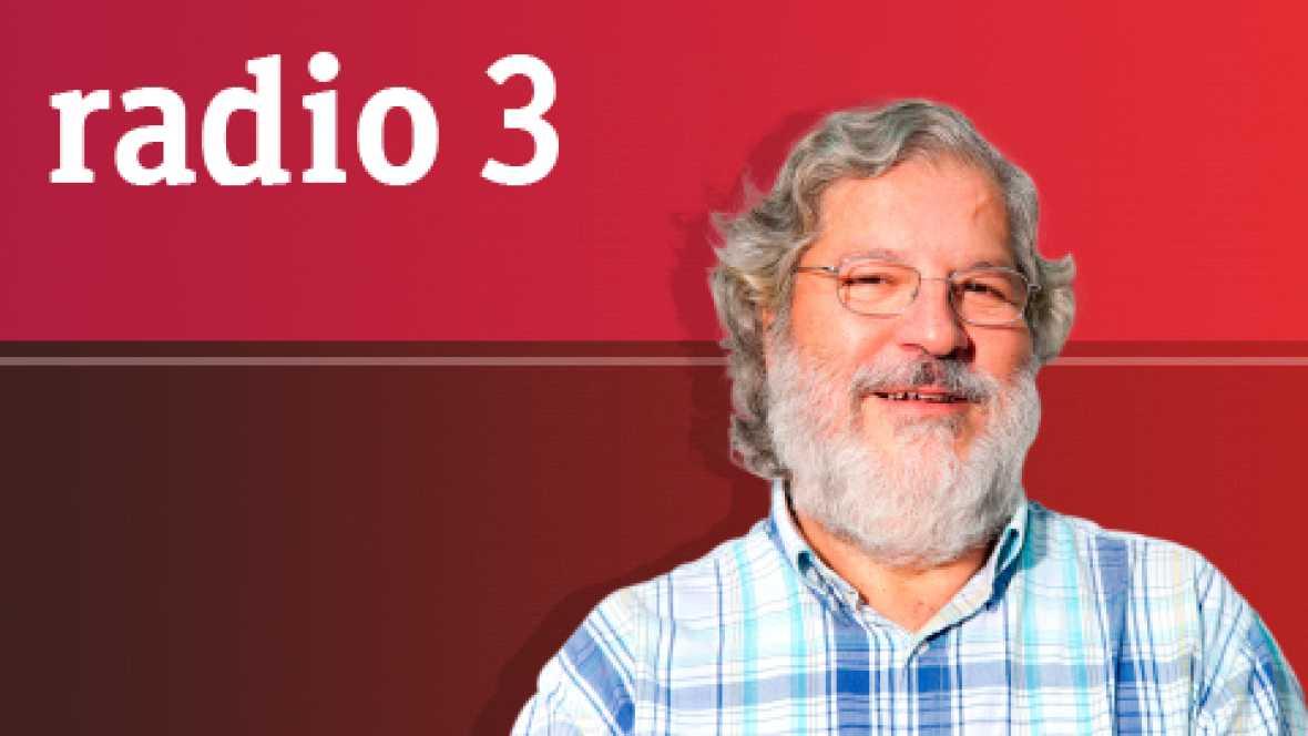 Discópolis 7921 - Lara Bello, Scumearth & Proscritos - 23/03/12 - escuchar ahora