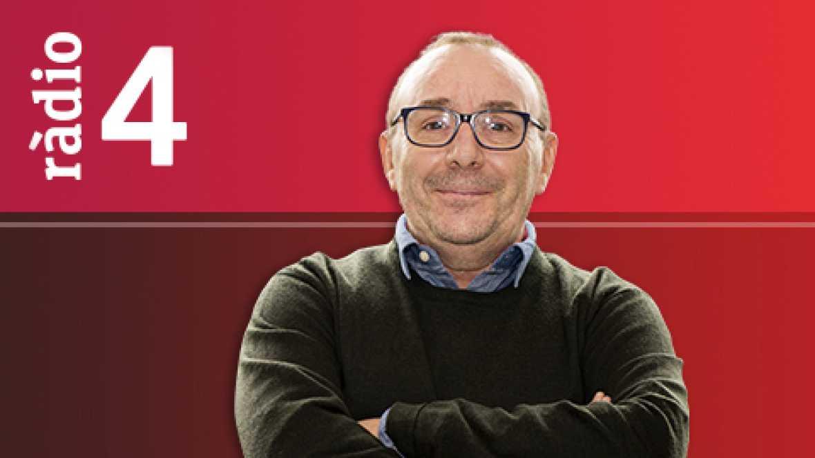 """Catalunya Exprés Magazine - Entrevista a Cesk Freixas amb el seu nou disc """"Tocats pel foc"""""""