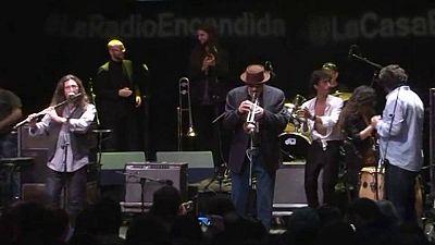 La radio encendida - Jorge Pardo y amigos - 07/04/13 - escuchar ahora