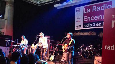 La radio encendida - Lori Meyers - 07/04/13 - escuchar ahora