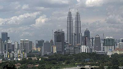 N�madas - Kuala Lumpur, ciudad de v�rtigo - 08/12/13 - escuchar ahora