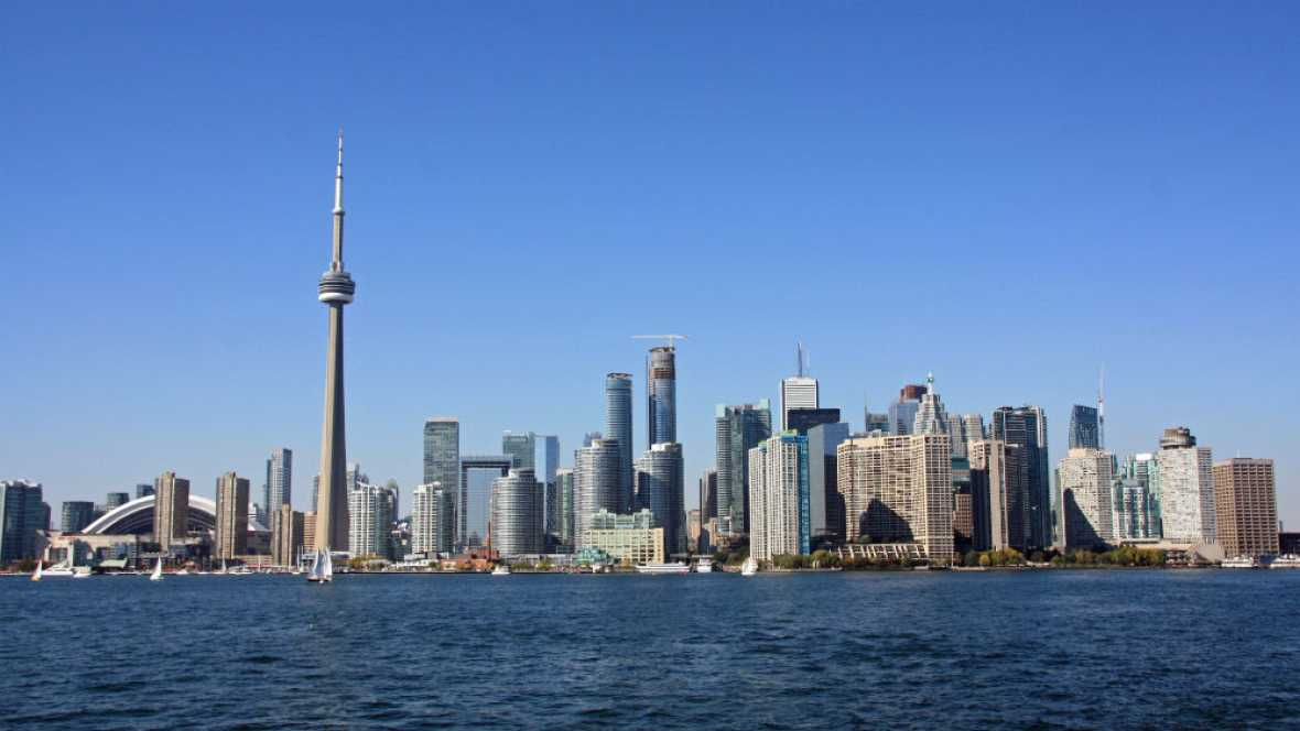 Nómadas - Toronto: dos ciudades en una - 19/01/14 - escuchar ahora