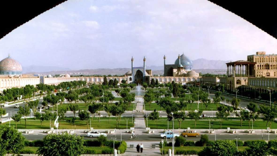 Nómadas - Isfahán, la mitad del mundo - 19/10/14 - escuchar ahora