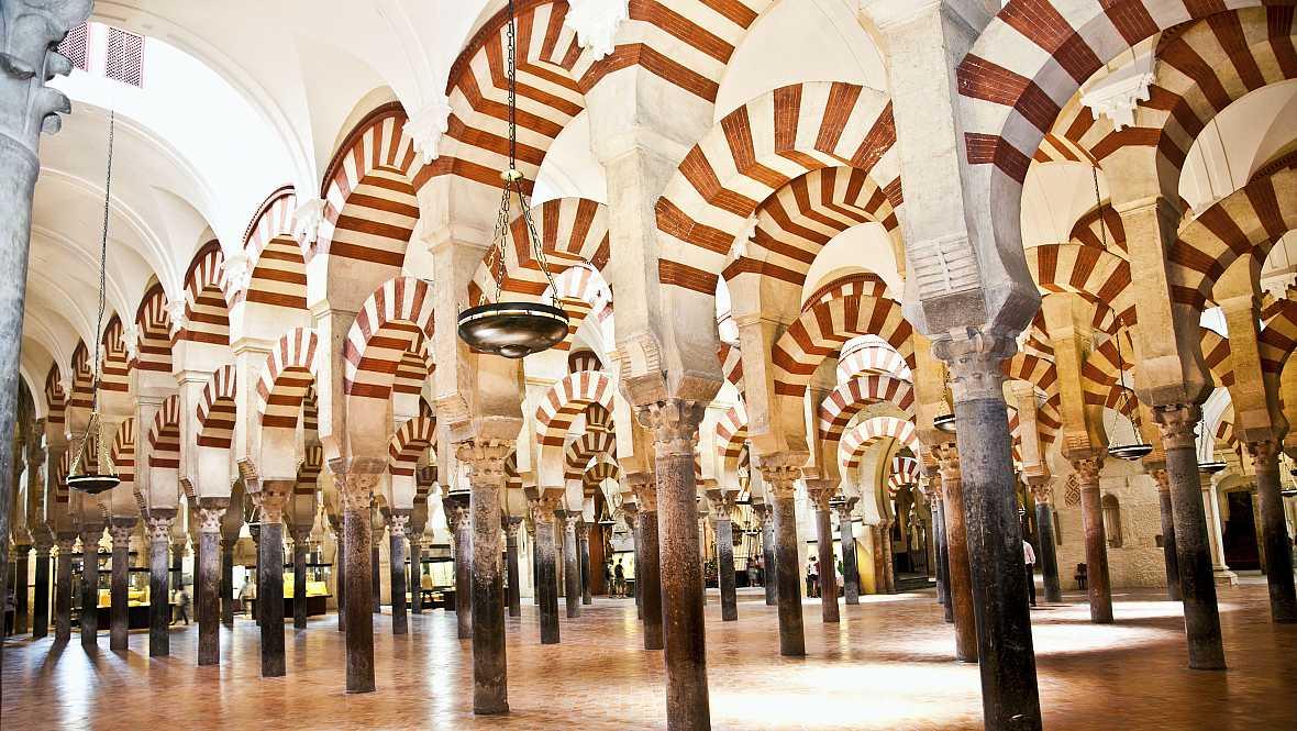 Radio 5 Actualidad - La Mezquita de Córdoba a debate - 04/11/14 - Escuchar ahora
