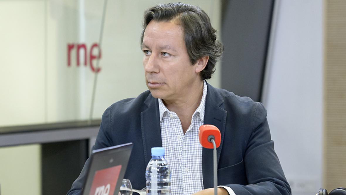 Las mañanas de RNE - Floriano anuncia que los imputados por corrupción del PP no concurrirán a las elecciones - Escuchar ahora