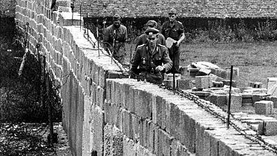 Radio 5 Actualidad - La caída del Muro de Berlín, 25 años después - 06/11/14 - Escuchar ahora