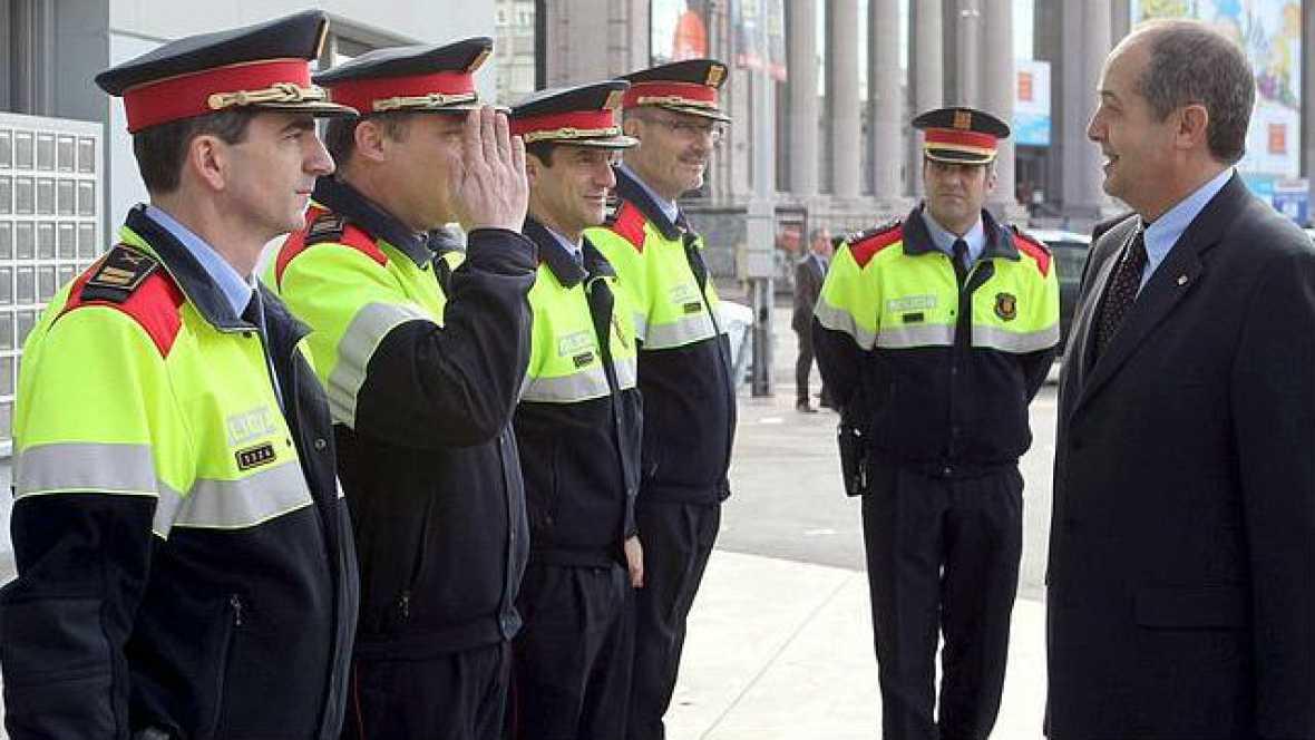 """Las mañanas de RNE - Valentín Anadón: """"La policía no puede saltarse la ley"""" - Escuchar ahora"""