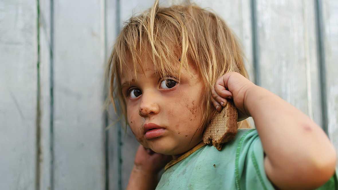 En un mundo feliz en Radio 5 - Pobreza infantil - 08/11/14 - Escuchar ahora