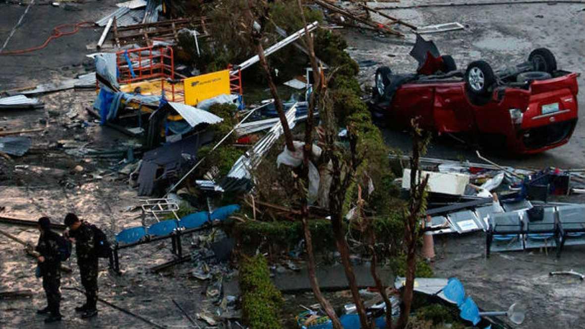 Radio 5 Actualidad - Filipinas un año después del devastador tifón Yolanda - 07/11/14 - Escuchar ahora