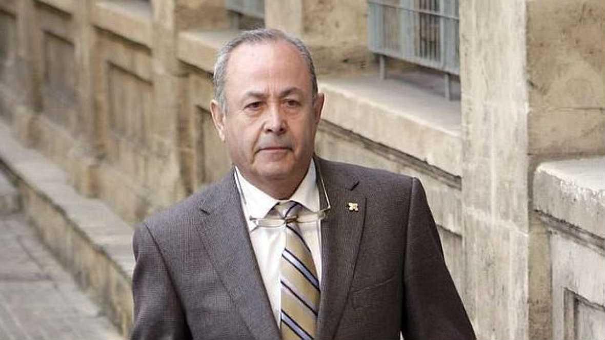 Boletines RNE - El juez Castro aún no ha decidido sobre la infanta Cristina - 10/11/14 - Escuchar ahora