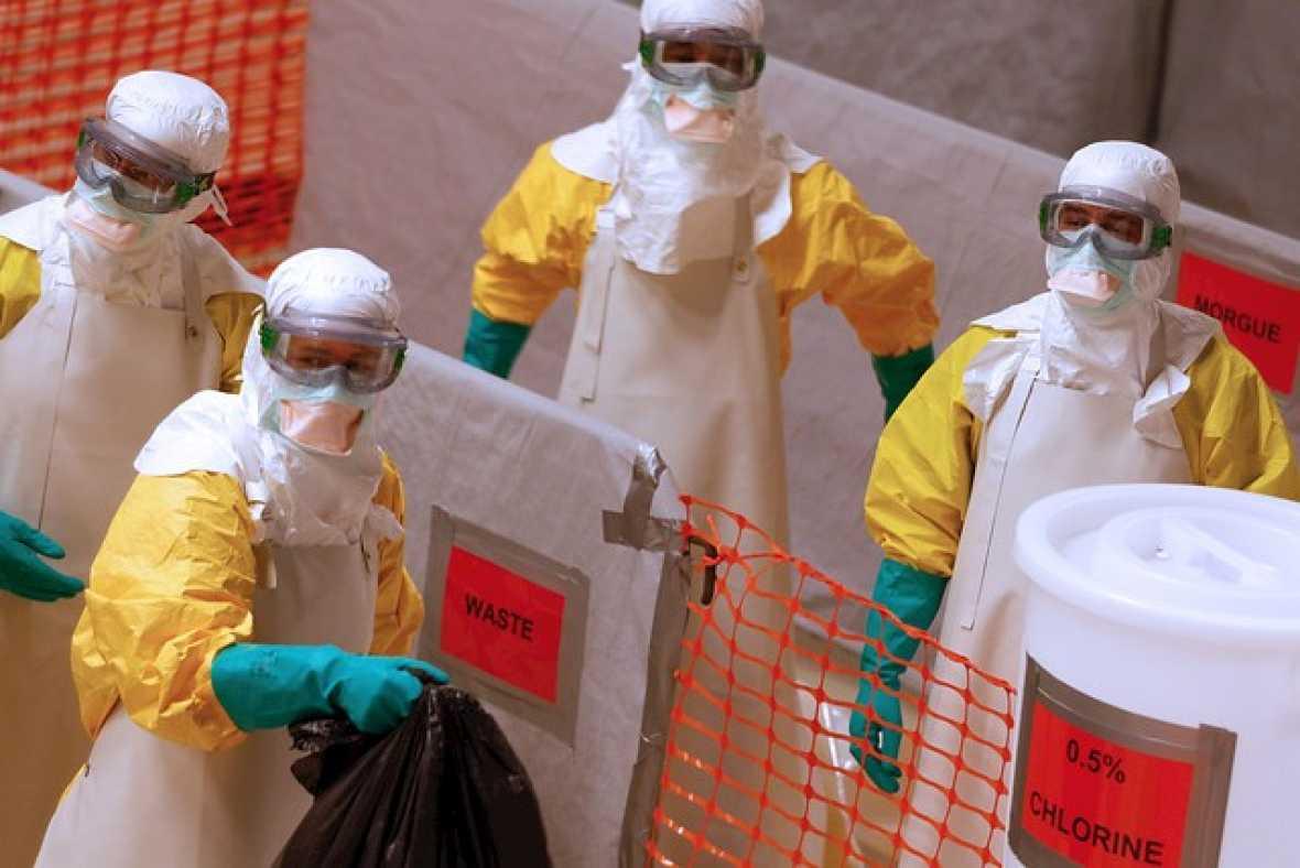 Europa abierta en Radio 5 - Ébola: no existe riesgo cero. Europa debe seguir alerta - Escuchar ahora