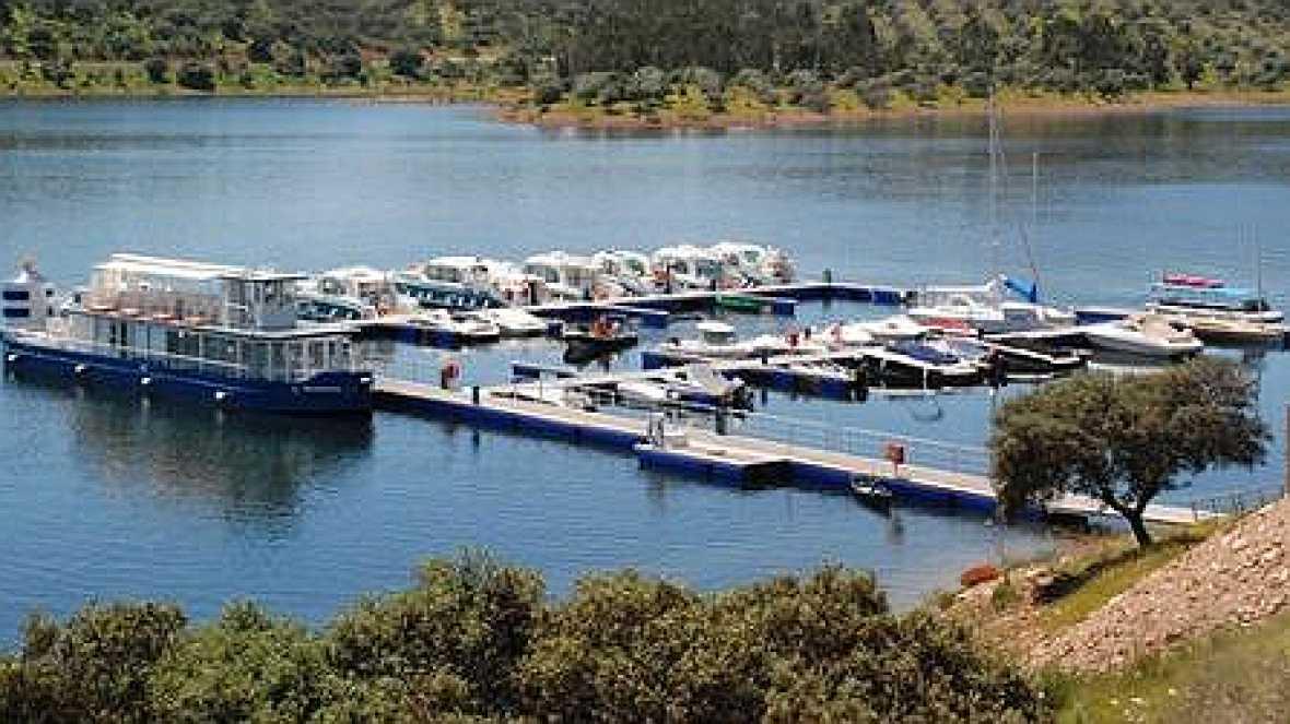 Reportajes emisoras Badajoz - Gran Lago de Alqueva - 11/11/14 - Escuchar ahora
