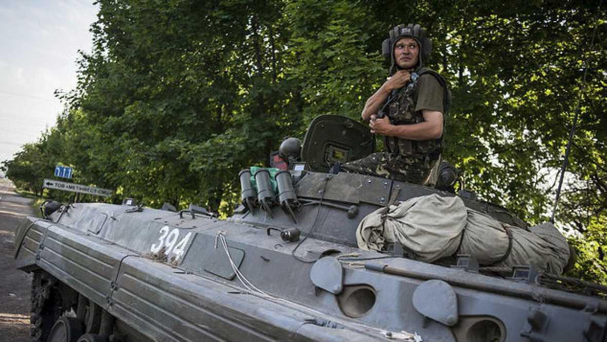 Radio 5 Actualidad - Se incrementa la tensión en Ucrania - 13/11/14 - Escuchar ahora