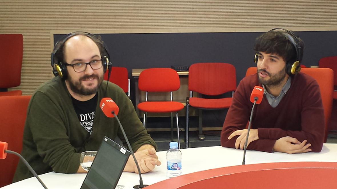Las mañanas de RNE - 'Venirse arriba', el primer libro de Borja Cobeaga y Diego San José - Escuchar ahora