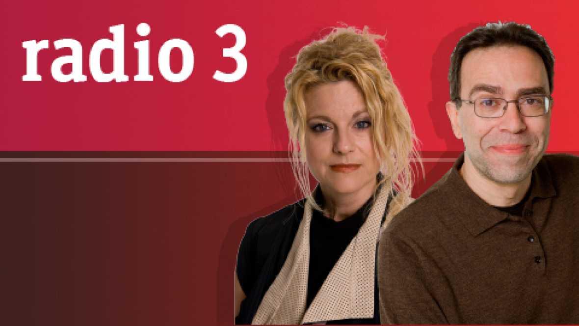 La madeja - Annie Lennox, Nostalgia - 23/11/14 - escuchar ahora
