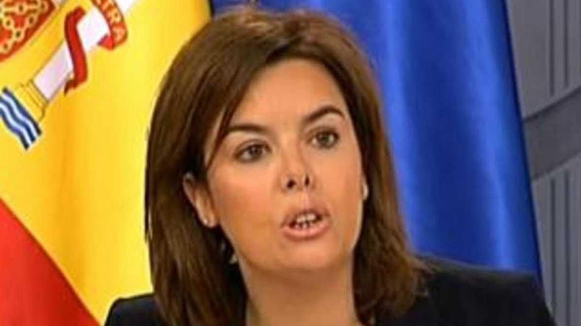 """Boletines RNE - Sáenz de Santamaria: """"La propuesta de 'Sanchez sobre la Constitución es populista"""" - Escuchar ahora"""