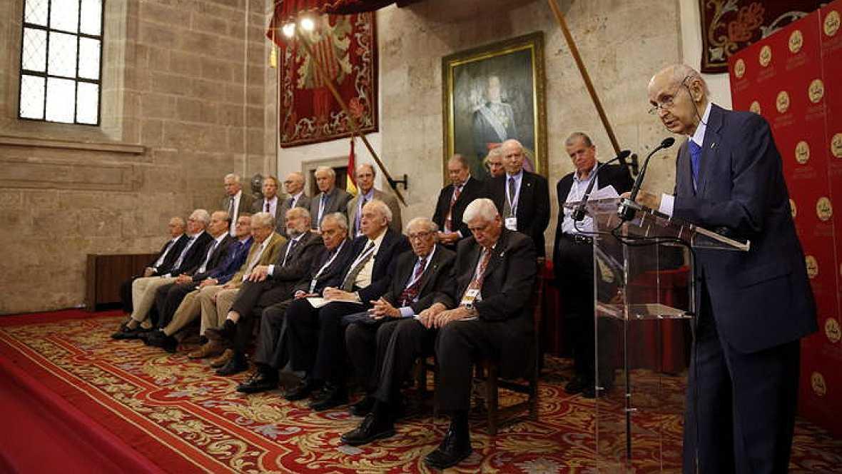 Radio 5 Actualidad - Programa especial desde Valencia: ceremonia de entrega de los Premios Jaime I - 25/11/14 - Escuchar ahora