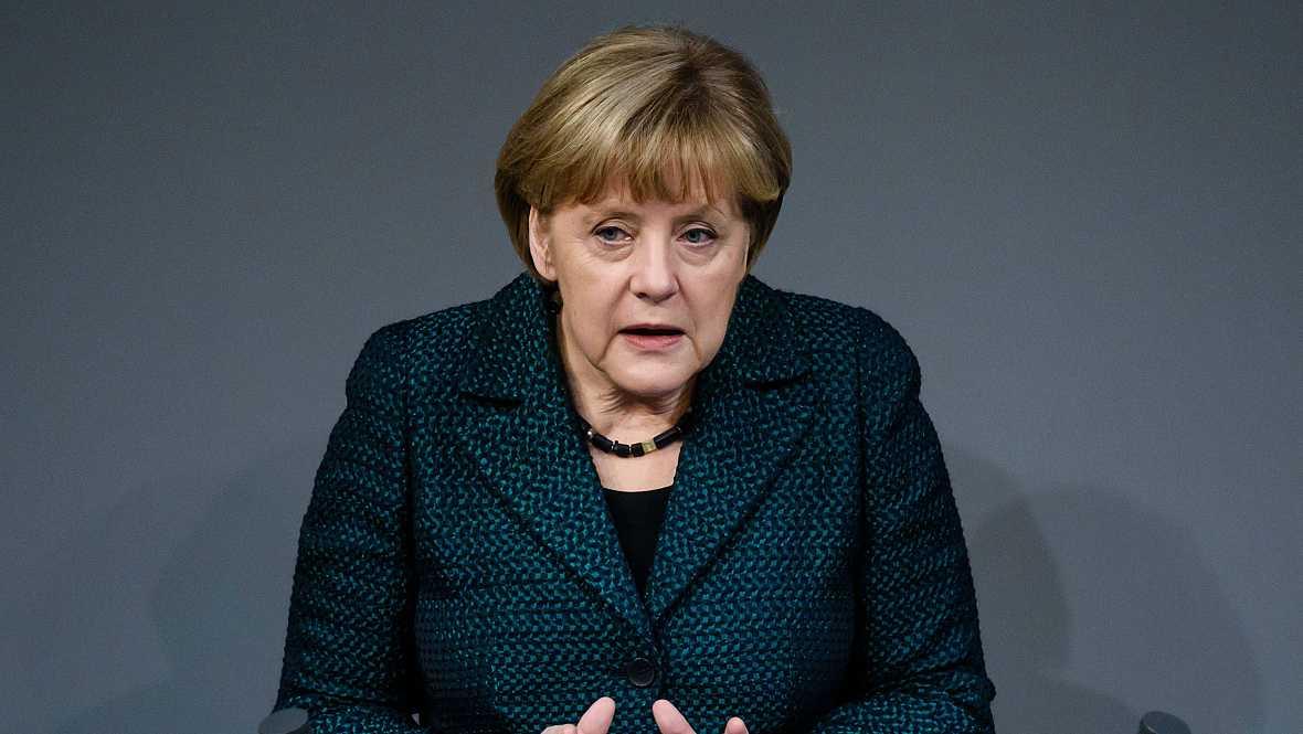 Boletines RNE - Duras palabras de Merkel contra Rusia - 26/11/14 - Escuchar ahora
