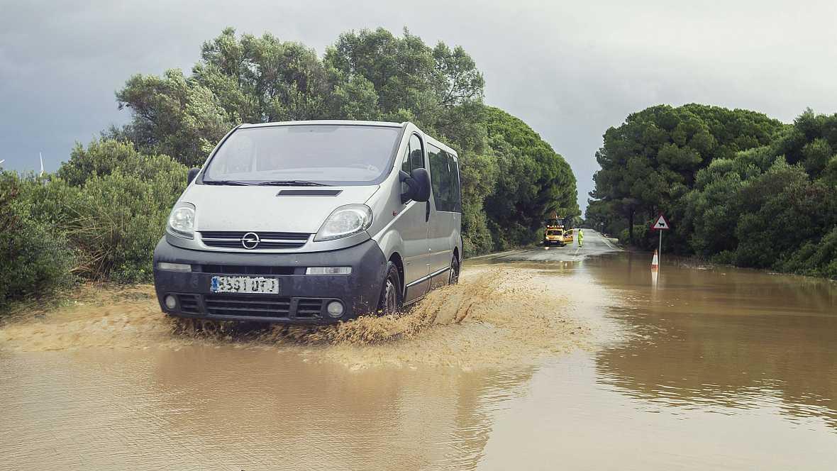 Las mañanas de RNE - La lluvia dificulta la circulación en buena parte del país - Escuchar ahora