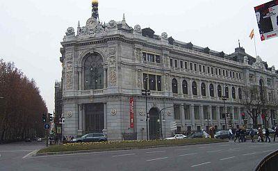 Boletines RNE - El gobernador del Banco de España preocupado por el efecto contagio de Grecia - 10/12/14 - Escuchar ahora