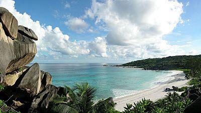 N�madas - Las Seychelles: granito, selva y mar - 01/02/15 - escuchar ahora