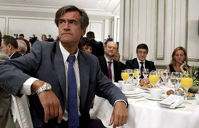 Boletines RNE - López-Aguilar pide la suspensión cautelar de militancia en el PSOE - 07/04/15). - Escuchar ahora