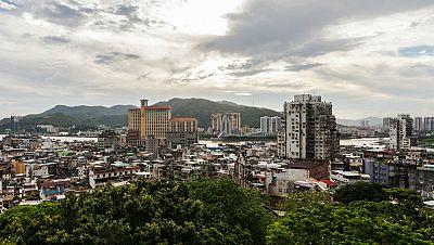 N�madas - Macao, la croupier portuguesa de China - 17/05/15 - escuchar ahora