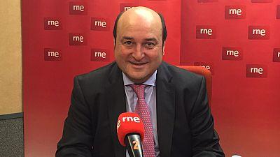 """Las mañanas de RNE - Ortuzar: """"La experiencia de Gobierno de Bildu ha vacunado a la sociedad vasca ante gobiernos tan populistas"""" - Escuchar ahora"""