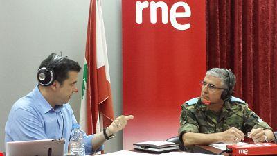 """Las mañanas de RNE - General José Conde de Arjona (FINUL): """"No hemos venido a imponer nada, sino a echar una mano"""" - Escuchar ahora"""