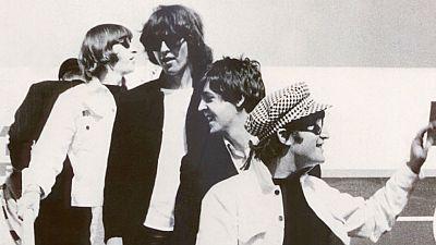 Documentos RNE - Qué noches las de aquel julio: los Beatles en España - 04/07/15 - escuchar ahora
