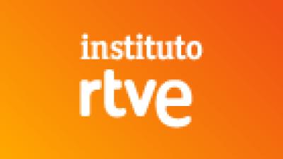 Entrevista a profesores y alumnos del Instituto RTVE en el programa de RNE España vuelta y vuelta