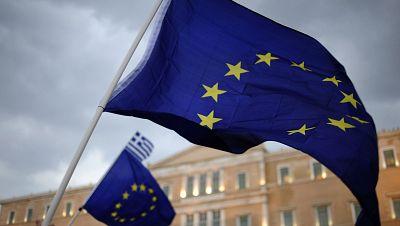 Las mañanas de RNE - Grecia sorprende a Europa al pedir un tercer rescate - Escuchar ahora