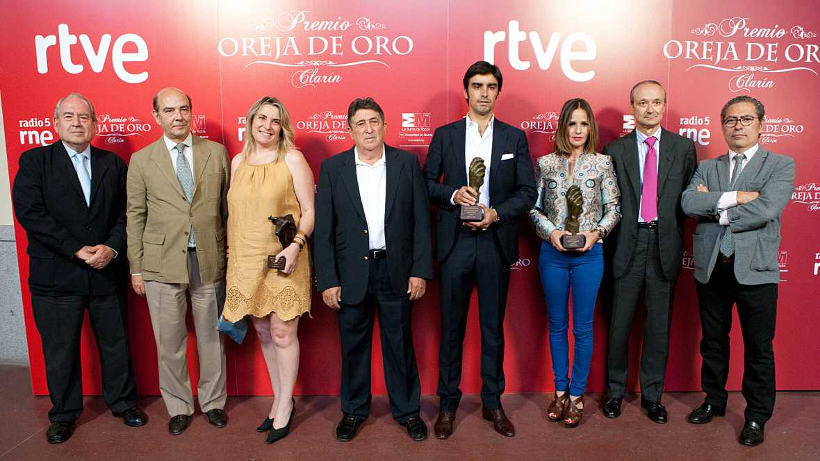 Radio 5 Actualidad - Programa especial con motivo de la entrega de los premios taurinos del programa 'Clarín' de RNE - 01/07/15 - Escuchar ahora