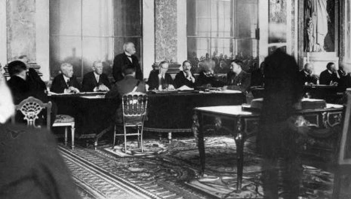 Las mañanas de RNE - Jorge Abad asiste a la firma del tratado de Versalles - Escuchar ahora
