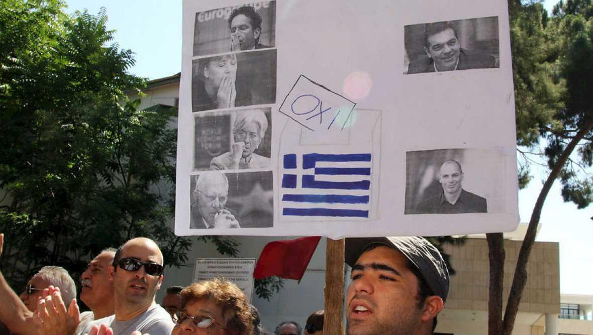 Empate técnico del SI y el NO para el referéndum en Grecia - Escuchar ahora