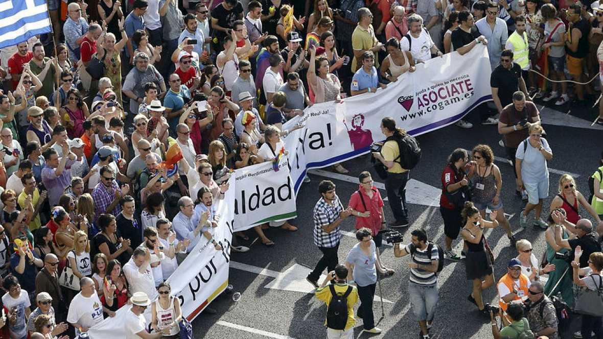 Miles de personas reclaman igualdad de derechos - Escuchar ahora