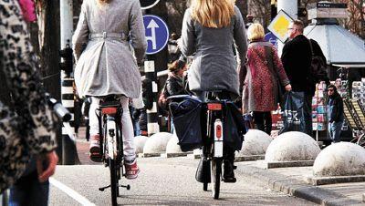 Mundo aparte - El país con más bicis que habitantes - Escuchar ahora