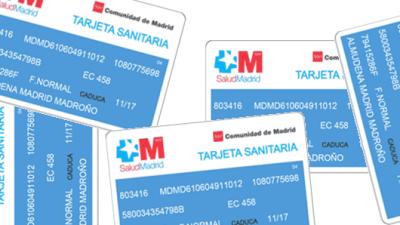 Radio 5 Actualidad - Sanidad confirma que los sin papeles no tendrán tarjeta sanitaria - 25/08/15 - Escuchar ahora