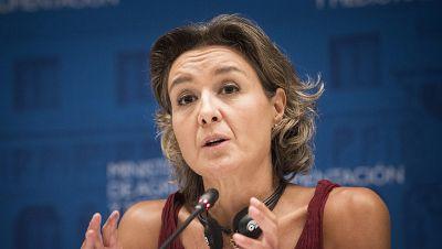 """24 horas - Isabel García Tejerina, ministra de Agricultura: """"El secor lácteo necesita una integración de cooperativas"""" - 02/09/15 - Escuchar ahora"""