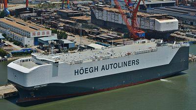Radio 5 Actualidad - Rueda de emisoras - El Hoegh Target, uno de los barcos más grandes del mundo, en Santander - Escuchar ahora