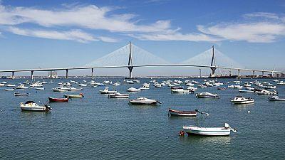 Radio 5 Actualidad - El puente más largo de España, en Cádiz - Escuchar ahora
