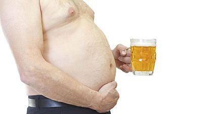 """La cerveza no es la culpable de los """"barrigones"""" - Escuchar ahora"""
