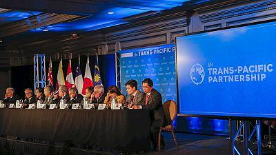 Entre paréntesis - El Acuerdo de Asociación Transpacífico une al 40% de la economía mundial - Escuchar ahora