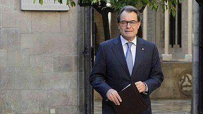 Diario de las 2 - La CUP decide su postura sobre la investidura de Artur Mas - Escuchar ahora