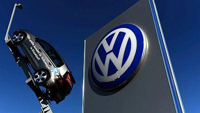 Diario de las 2 - Volkswagen garantiza la inversión en España al Gobierno - Escuchar ahora