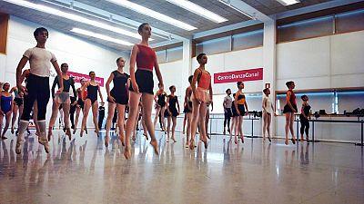 English language broadcast - NBSW - Spanish dancer at Royal Ballet - 10/10/15 - Escuchar ahora