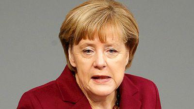 Boletines RNE - Merkel insiste en que la solución del conflicto sirio pasa por el diálogo con Rusia - Escuchar ahora