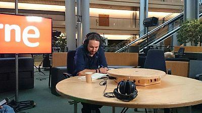 """Las mañanas de RNE - Pablo Iglesias, sobre Ciudadanos: """"El cambio no pueden ser jóvenes vendedores de preferentes"""" - Escuchar ahora"""